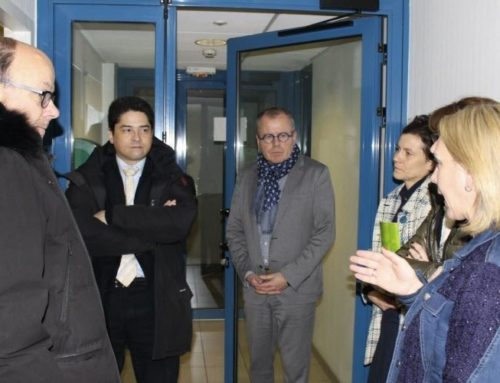 Le secrétaire général de la préfecture visite l'association Le Pont